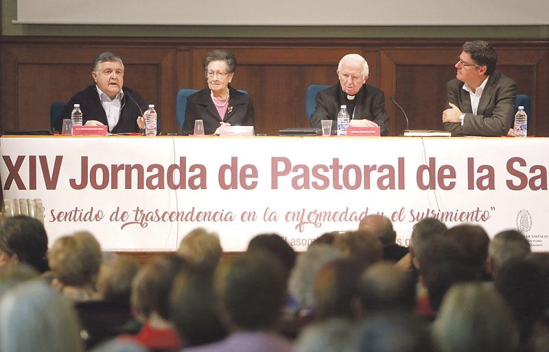 """""""La enfermedad puede ser el momento de encontrarse por primera vez con Dios"""" El doctor Ignacio Gómez participa en la XIV Jornada de Pastoral de la Salud"""