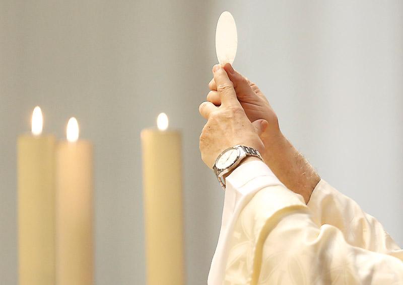 """El Arzobispo exhorta """"encarecidamente"""" a recuperar la misa dominical Carta pastoral del cardenal Cañizares al inicio de la Cuaresma"""