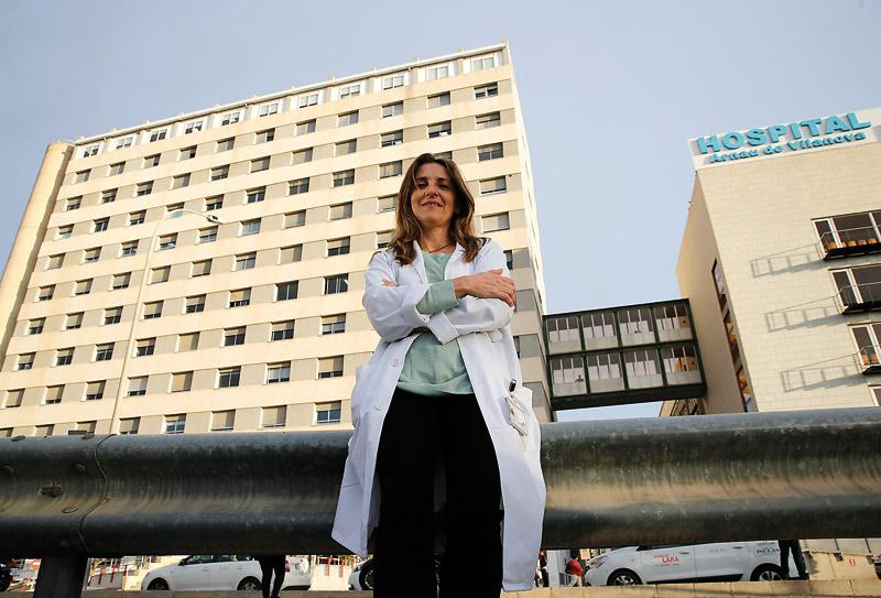"""""""Los enfermos te piden razón de la fe y hay que estar  preparado para ello"""" PARAULA entrevista a Carmen Ripoll: 'Persona idónea' en el Hospital Arnau de Vilanova"""