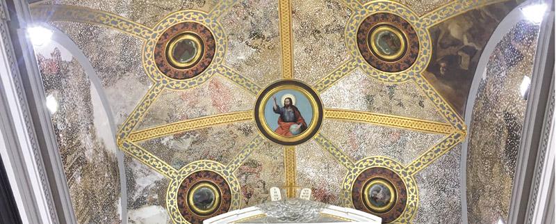 Hallan pinturas del siglo XVIIIen la bóveda de El Salvador, de Cocentaina, durante unas obras En la rehabilitación de la parroquia, encuentran 18 lunetos con imágenes de santos