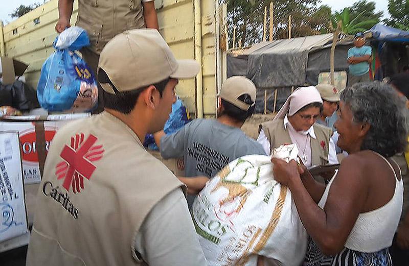 El Cardenal dispone que las colectas del Jueves Santo en la diócesis de Valencia se destinen a los damnificados por las inundaciones de Perú y Colombia Habilitadas varias cuentas corrientes para los damnificados
