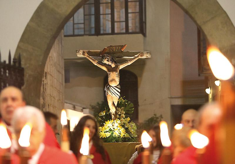 Cristo de las Penas. Una de las imágenes más antiguas de la Semana Santa de la Comunitat, que data del siglo XVIII. (Foto: Manolo Guallart)