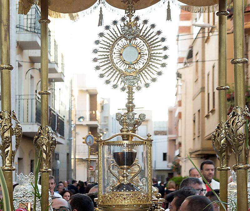 La Eucaristía, centro de la  religiosidad popular Por Antonio Díaz Tortajada. Delegado episcopal de Religiosidad Popular