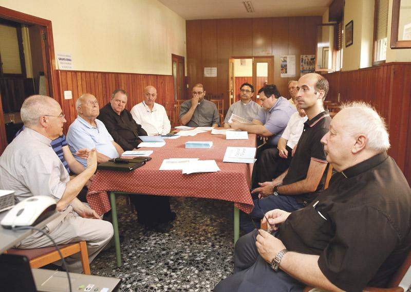Estudian propuestas para disfrutar del  turismo también como encuentro conDios Parroquias de zonas turísticas valencianas diseñan acciones pastorales