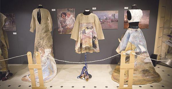 Diseño y solidaridad, unidos para ayudar a la mujer africana con la ONG Harambee En la exposición 'Diseños que cambian vidas'