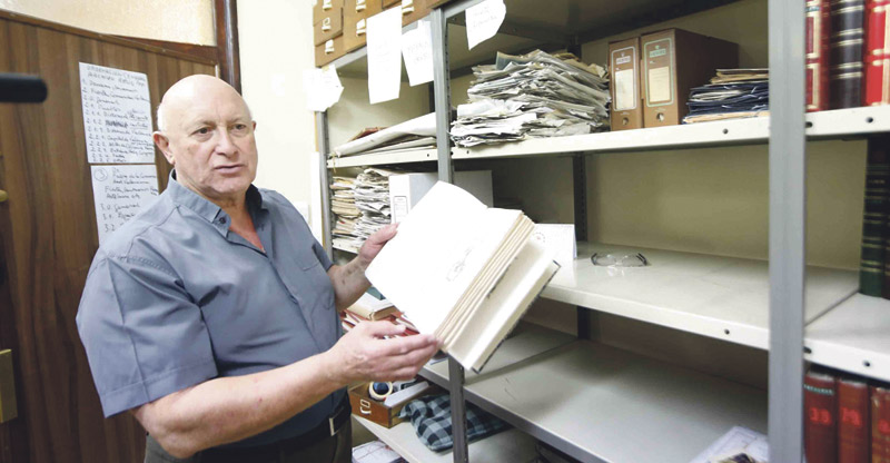 El Archivo de Religiosidad Popular del Arzobispado de Valencia reúne ya más de 27.300 libros de fiestas Fue creado en el año 1984 por el arzobispo Miguel Roca