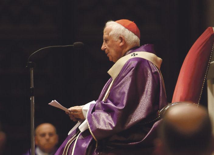 """El Cardenal pide a los gobernantes que encuentren """"medidas para evitar el terrorismo"""" y trabajar """"por la paz"""" En una misa en la Seo por las víctimas"""