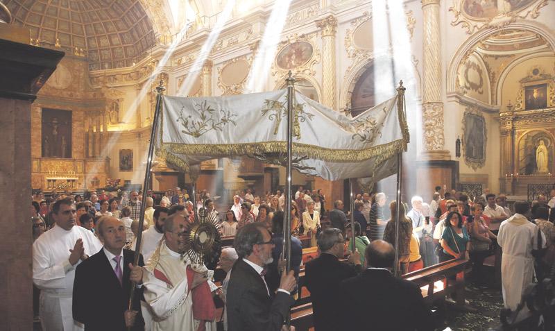 La adoración perpetua cumple 5 años en Valencia tras registrar más de 44.000 turnos de adoradores Mons. Ros preside la eucaristía de acción de gracias en la parroquia San Martín