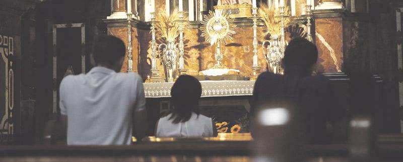 Cinco años de vidas cambiadas Quinto aniversario de la llegada de la adoración perpetua