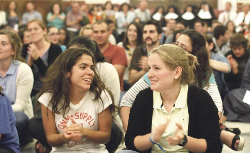 Vuelven las vigilias jóvenes a la Basílica Este viernes 6 a partir de las 22 horas
