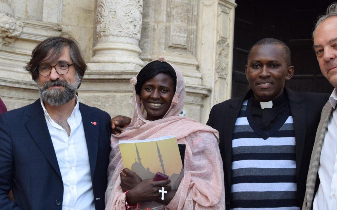 """""""A pesar de que me secuestraron, mataron a mi hijo y me violaron, nunca dudé de mi fe"""" Rebeca, nigeriana secuestrada por yihadistas, ofrece en Valencia un testimonio de esperanza y de perdón"""