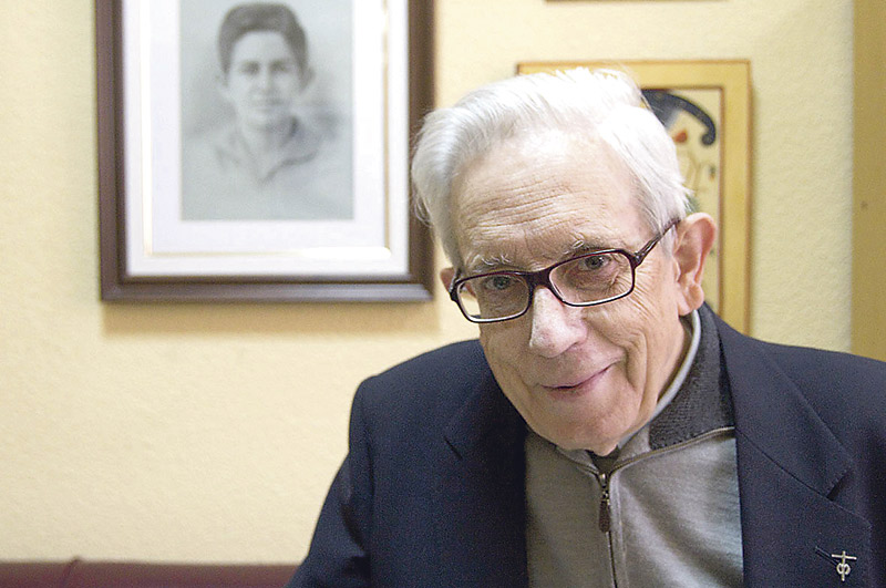 Fallece el P.José Mª Salaverri, marianista, escritor y colaborador de PARAULA '¡Hasta el cielo!' La carta que dejó el  P.  Salaverri y que se leyó tras su fallecimiento