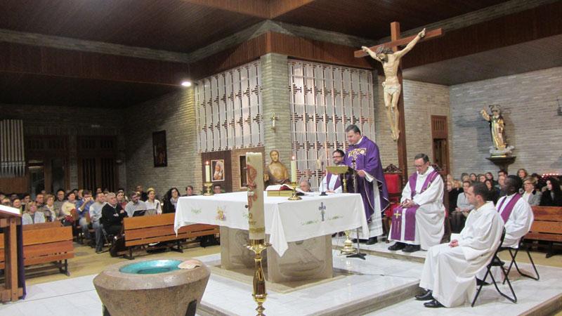María, Madre de la Iglesia de Llíria despide a su párroco Con una eucaristía de acción de gracias