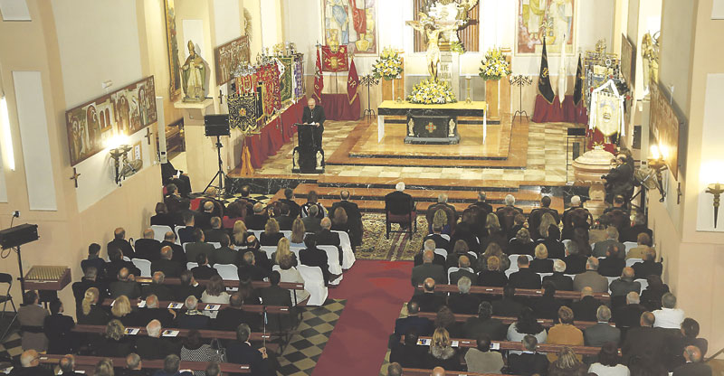 """""""La pieda popular tiene fuerza evangelizadora"""" Mons. Ros, en el pregón de la Semana Santa Marinera"""