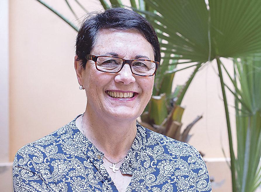 """""""Soy una apasionada de la educación"""" Mª Dolores Cortés. 67 años. Maestra jubilada. Presidenta electa de Vida Ascendente"""