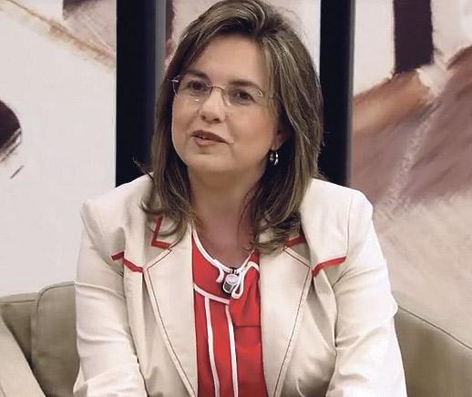 """""""Promovemos una economía  contracorriente: la del dar"""" Entrevista a Asunción Esteso, presidenta en España de la Asociación por una Economía de Comunión"""