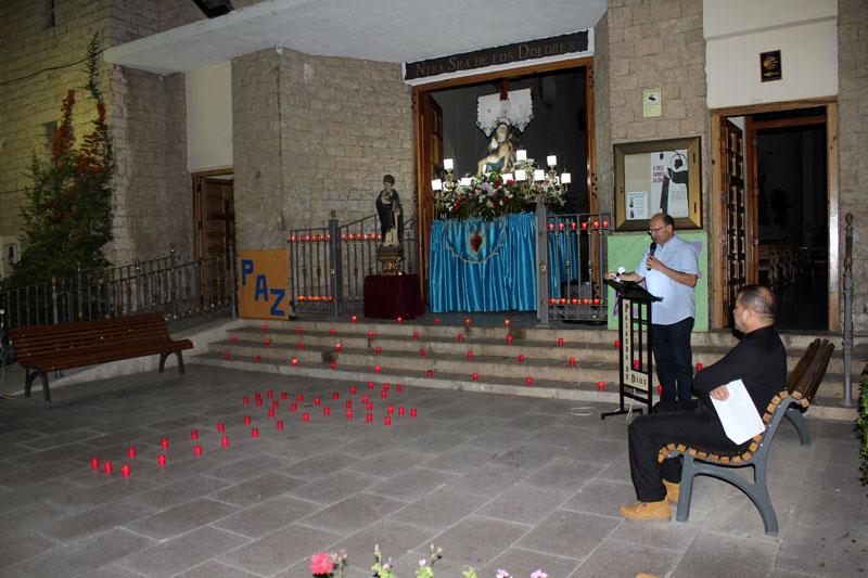 Vigilia por la paz en Bunyol Presidido por las imagenes de la Virgen y de San Luis