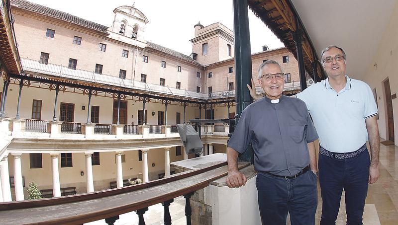 Teología ultima con la UCV y la CEU-UCH un gran congreso sobre san Vicente Ferrer La Facultad abre curso este martes y crea también la cátedra Santo Tomás de Aquino