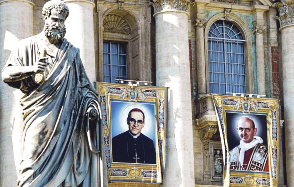 """El Papa elogia el testimonio cristiano """"sin tibieza"""" de san Pablo VI y de san Óscar Romero Al canonizarlos el pasado domingo en la plaza de San Pedro junto a otros cinco nuevos santos"""