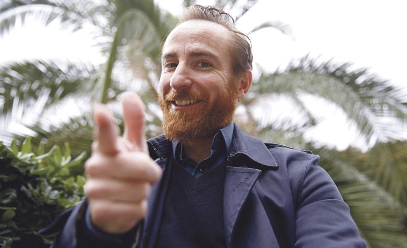 """""""En el cine y la cultura debemos mostrar el poder que hoy tiene el amor de Jesucristo"""" Entrevista a Carlos Aguillo, actor de 'El mayor regalo'"""