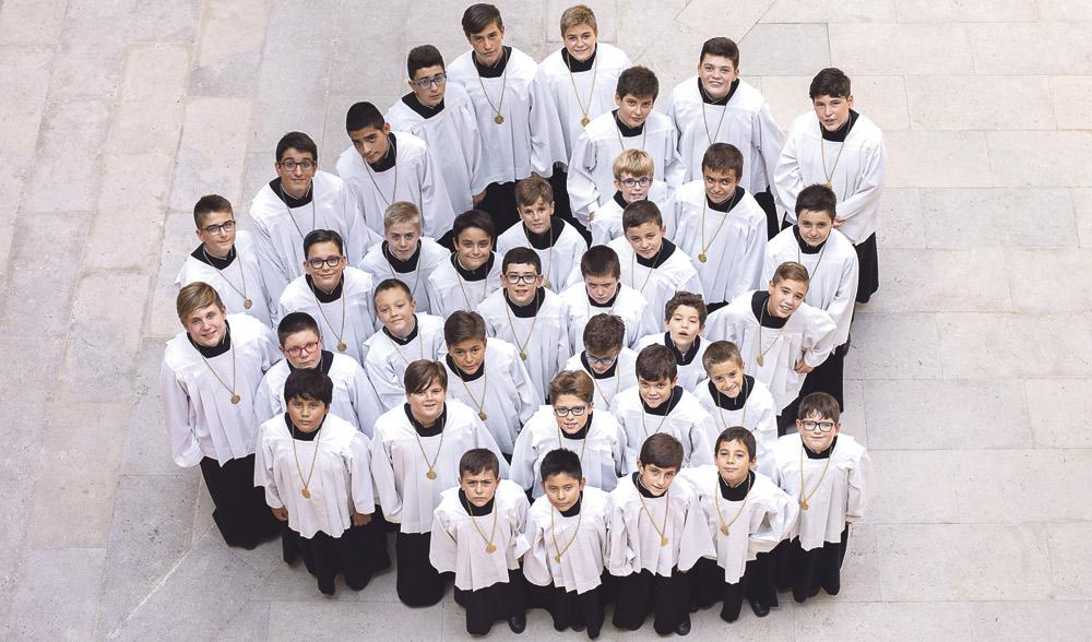 La Escolanía sopla 60 velas Más de 700 niños, de entre 8 y 14 años, han pasado por esta institución coral en estos 60 años