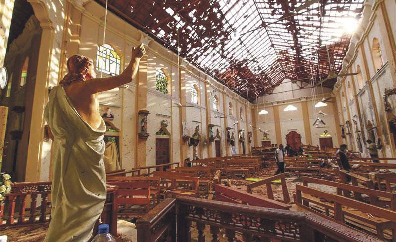 Más de 300 muertos en atentados del ISIS el día de Pascua en iglesias y hoteles de Sri Lanka El papa Francisco pide una condena generalizada de los ataques terroristas