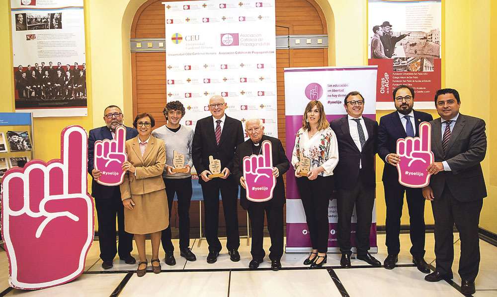 """""""Sin libertad de educación y sin el derecho de los padres a elegir no hay democracia"""" El Cardenal presidió la clausura de la campaña #yoelijo que ha logrado 30.000 firmas"""