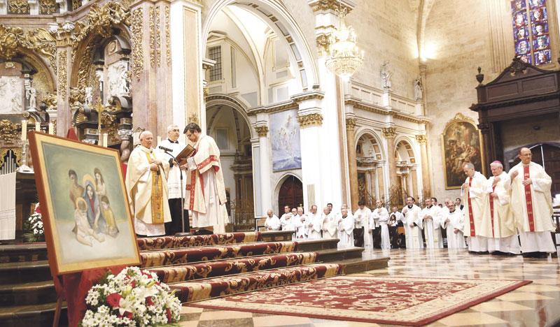 """El Cardenal, a los colegios diocesanos: """"Servid a los más necesitados y dad a conocer a Cristo"""" Eucaristía de acción de gracias por los 25 años de la Fundación San Vicente Mártir"""