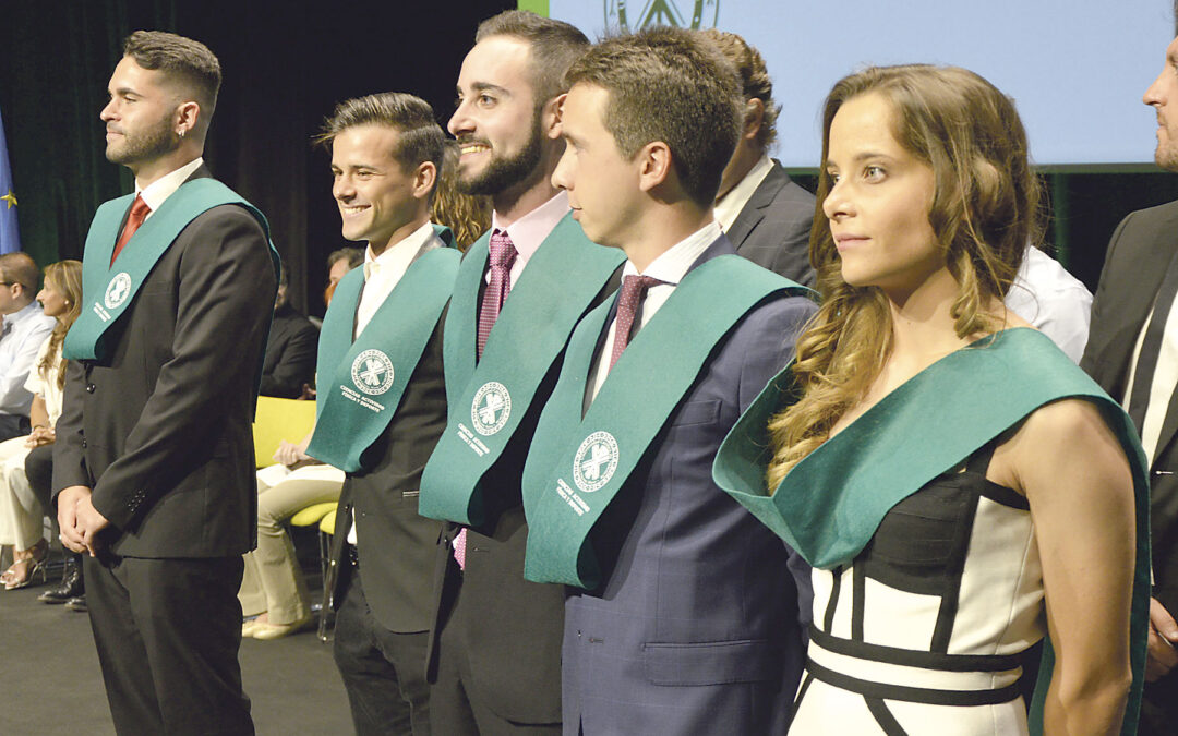 """Los nuevos graduados de la UCV,  """"al servicio de la  Humanidad"""" El cardenal Cañizares presidió el acto de graduación de los estudiantes de la UCV, a quienes felicitó afectuosamente"""