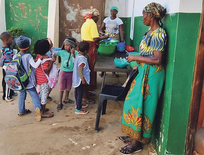 Perú, Mozambique o Cuba os esperan Cuarenta jóvenes valencianos ayudan, entre los meses de julio y agosto, a varios misioneros