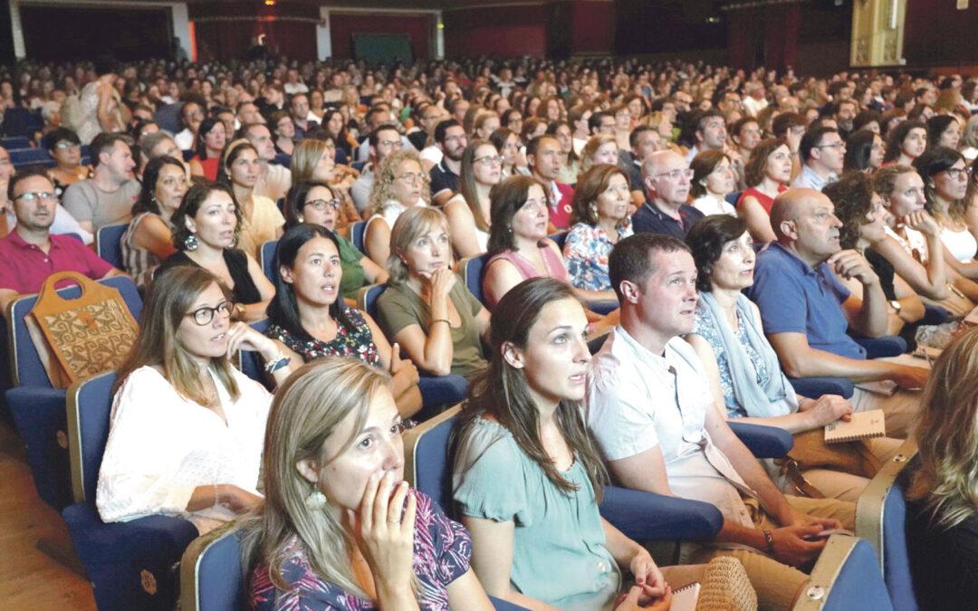Un plan de evangelización que  refuerza la unidad, identidad y misión de Colegios Diocesanos Durante el XVII Encuentro de profesores se presentó el plan marco de evangelización