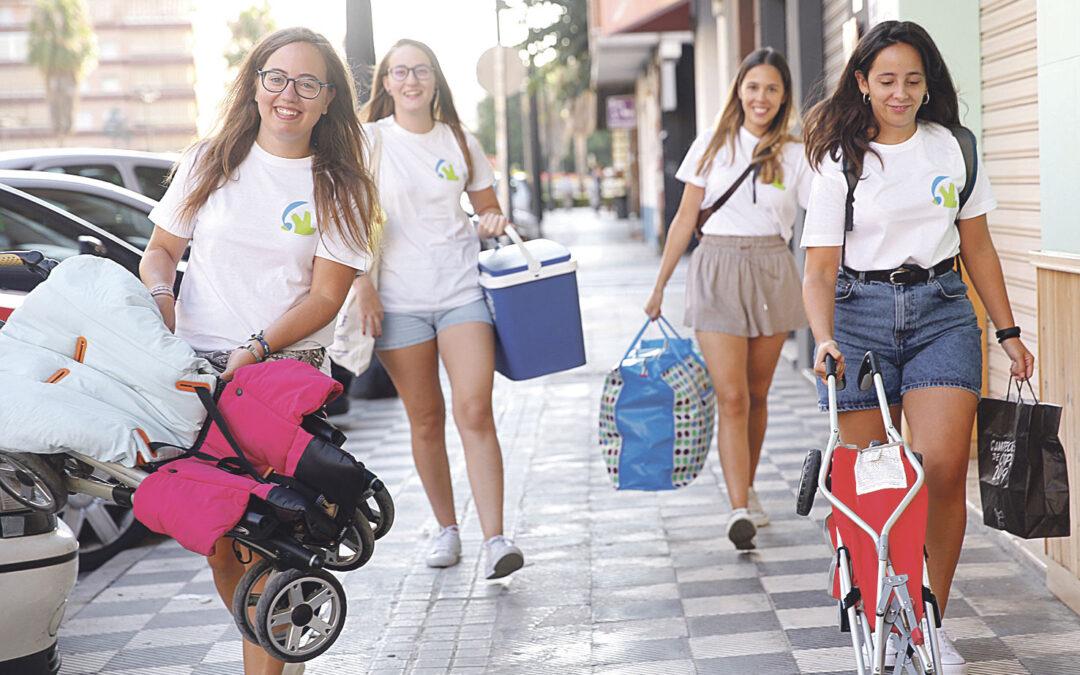 Sembrando esperanzas  a 'niños en prisión' La ONG Horizontes Abiertos organiza un campamento de verano para mujeres reclusas con sus hijos en las playas de Benicàssim