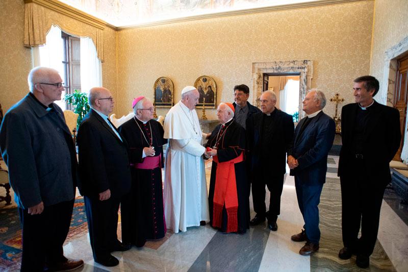 El cardenal Cañizares y sus condiscípulos valencianos celebran el 50 aniversario de su ordenación con el Papa Francisco les muestra su afecto y les agradece su servicio a la Iglesia