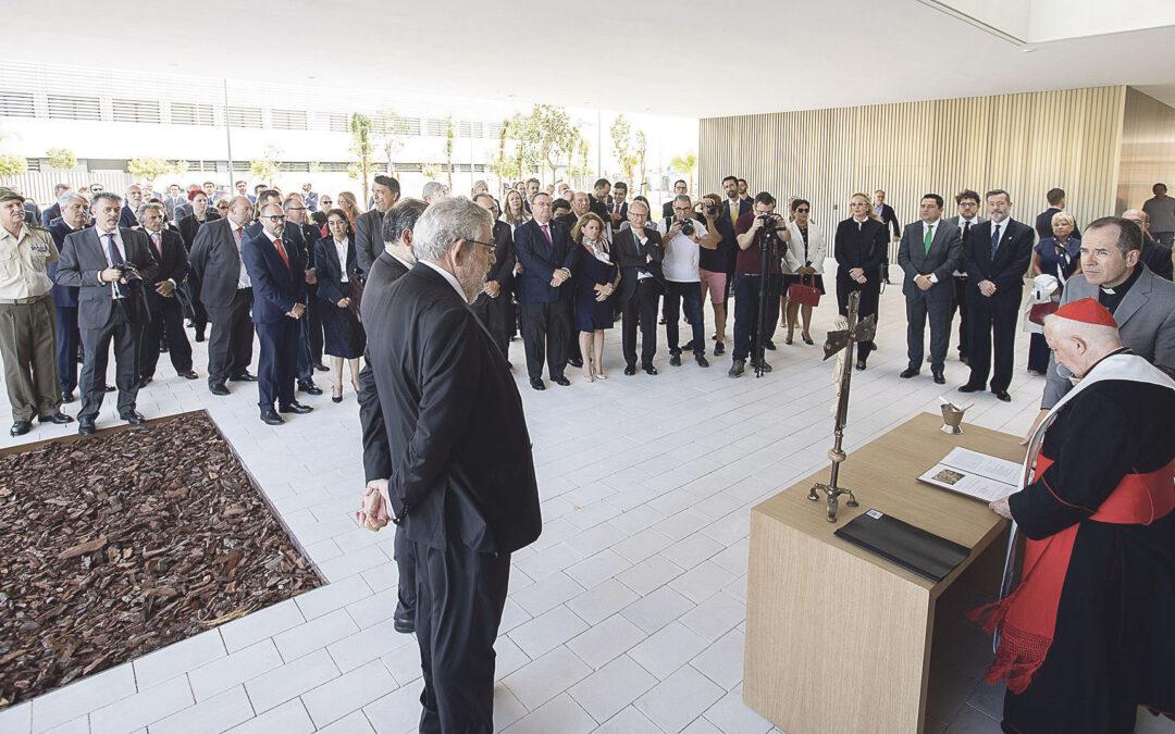 La Universidad CEU Cardenal Herrera  empieza el curso con nuevas instalaciones El Cardenal preside la misa de inicio y bendice el Paraninfo