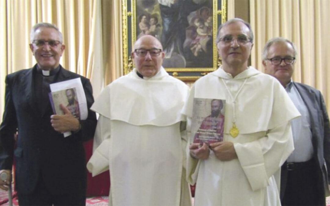 """""""Es la hora de la gratitud por haberme sentido querido y honrado"""" Presentación del libro homenaje al padre Alcácer, en la Facultad de Teología"""