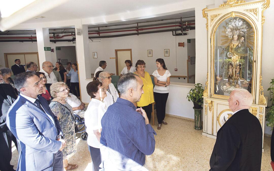Bendecidas las nuevas instalaciones de la residencia de mayores S. Antonio de Benagéber En su 40 aniversario, el Cardenal visita el centro