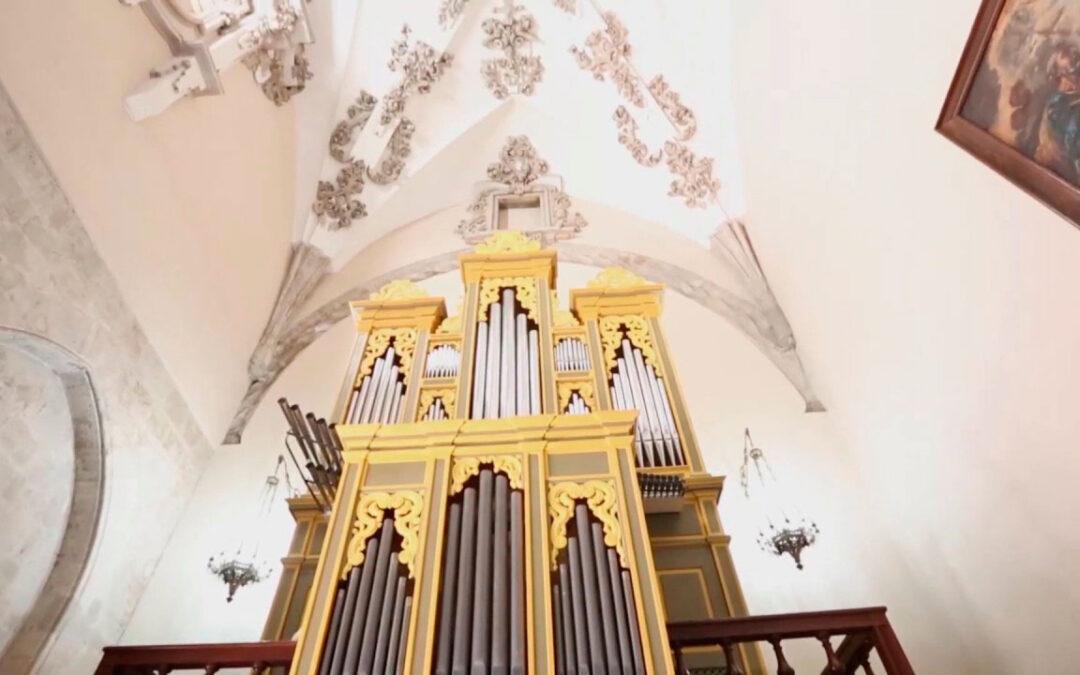 'Resucitan'el órgano barroco de Capitanía El órgano de Capitanía fue construido en el último tercio del siglo XVIII y ahora ha sido restaurado