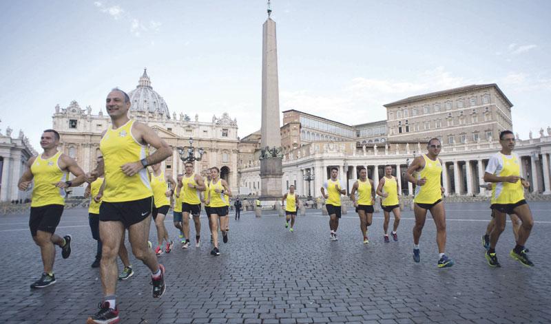 Athletica Vaticana:  el equipo de atletismo  del Papa visita Valencia