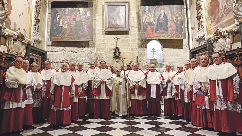 Solemne toma de posesión de Verdeguer y Salom como nuevos canónigos de la Catedral