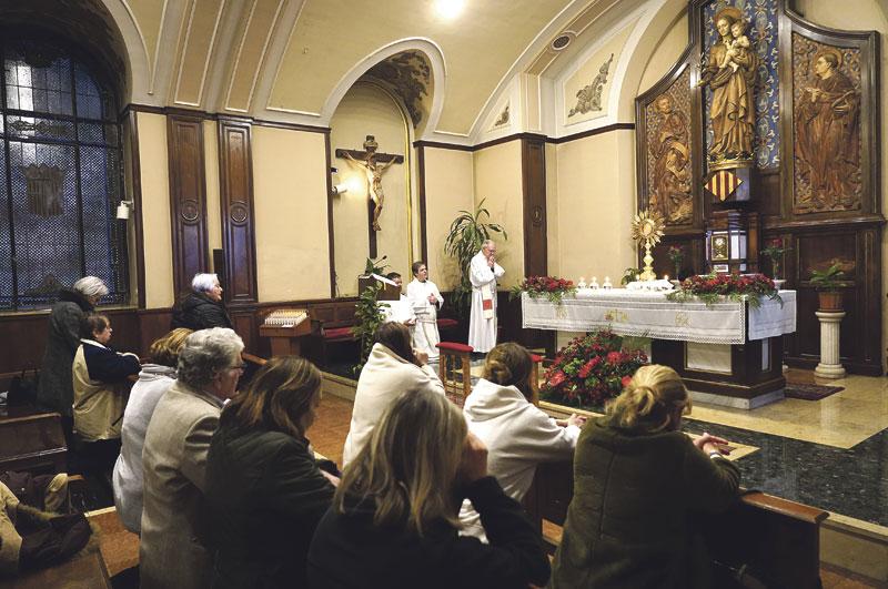 Actos de desagravio por la profanación de la  capilla del Hospital Clínico de Valencia