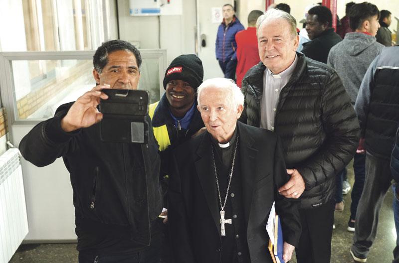 La Ciudad de la Esperanza recibe la visita del Cardenal Se ha interesado por la situación de los 150 acogidos en el CIDES