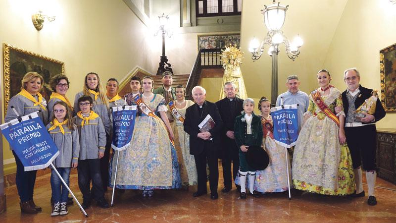 Diez años premiando los mejores  ninots con valores El Arzobispo entrega los premios a las comisiones falleras