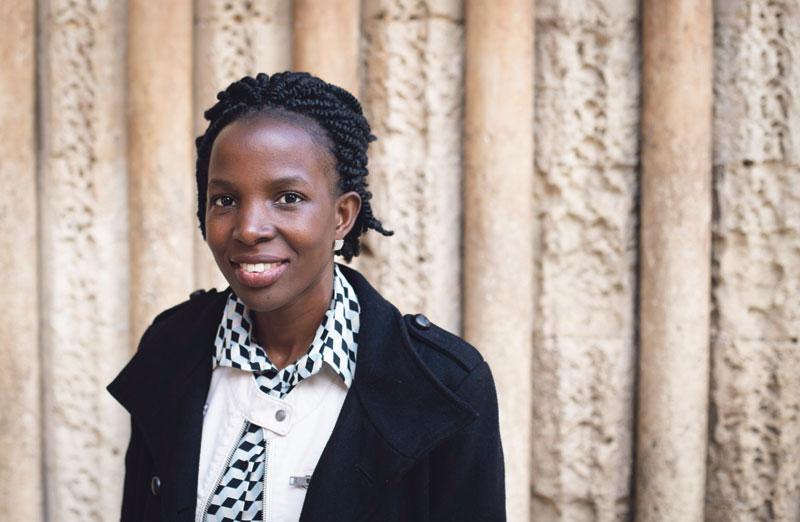 """""""Es posible salvar la vida de miles de niños  con un mínimo de atención sanitaria"""" Dra. Irene Kyamummi, premio Harambee 2020 a la Promoción e Igualdad de la Mujer Africana"""