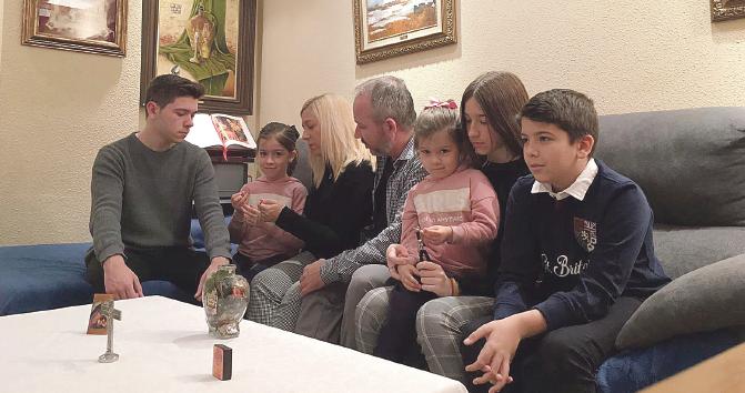15 días encerrados con los niños La fe y la oración ayudan a oxigenar el aislamiento de muchas familias. Dos de ellas lo cuentan en PARAULA