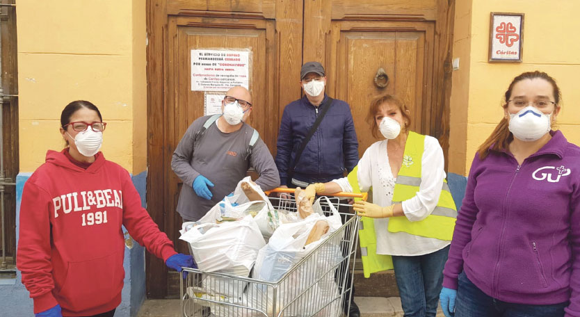 El Comedor Social San José de Benimaclet  recibe más solicitudes de ayuda Aunque sus puertas permanecen cerradas, su actividad se mantiene a domicilio