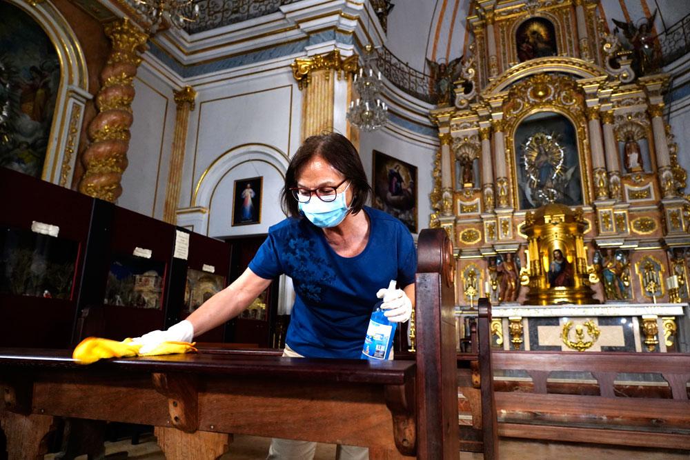 Objetivo: 'nuestra casa', segura y limpia Feligreses de las parroquias se movilizan para que los templos estén en perfectas condiciones para la misa