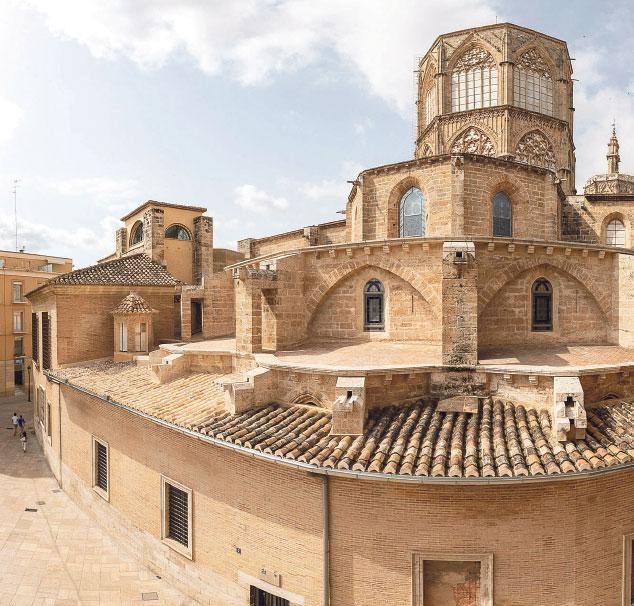La Catedral concluye la reparación de las filtraciones en la capilla del RelicarioSe han sustituido todas las vigas de madera que estaban en mal estado y se han reutilizado las tejas