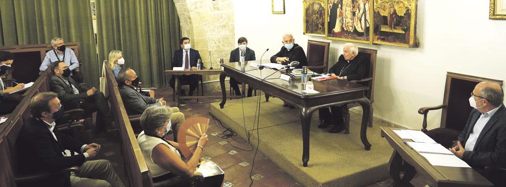 El Arzobispo, a empresarios y sindicatos: «Os necesitamos a todos» Primera mesa de trabajo de la comisión diocesana de Empleo
