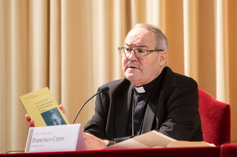 Mons. Cerro anima a «vivir este tiempo de pandemia desde la fe» para que sea «un don» El arzobispo de Toledo impartió una conferencia en la Facultad de Teología