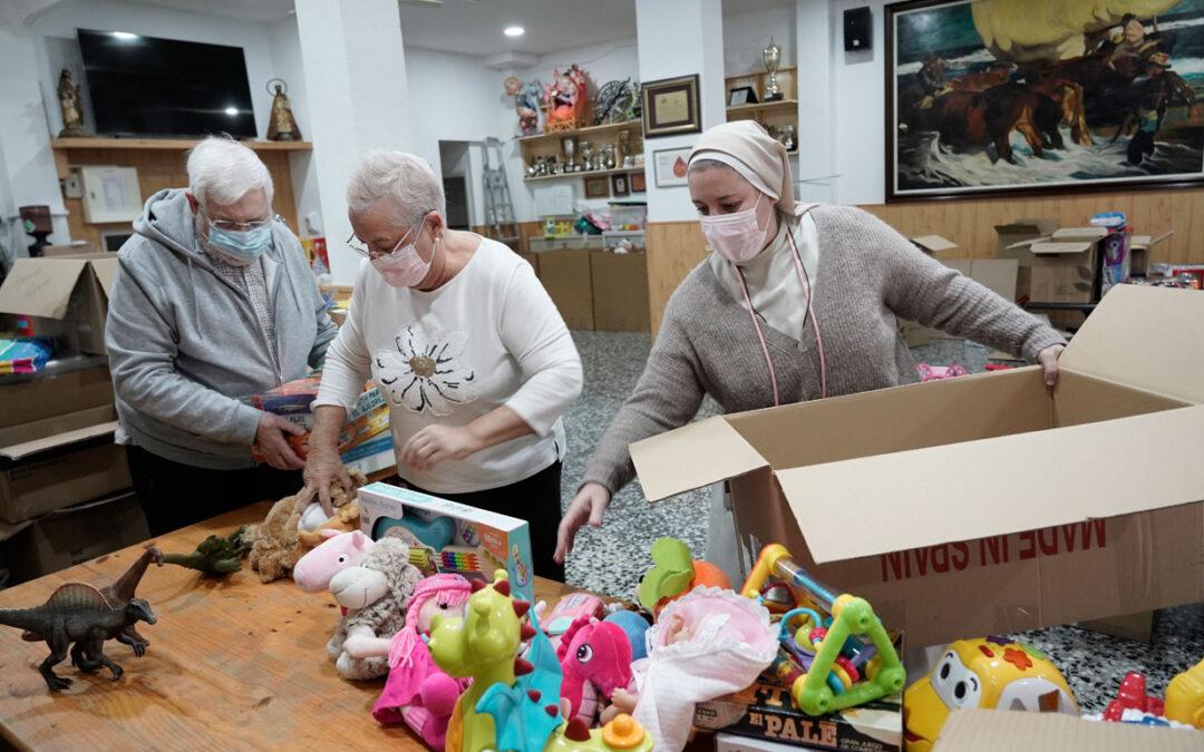 Ola de solidaridad: juguetes para los niños de Venezuela  La Hna. Débora Vidal amplía la recogida en Valencia hasta este domingo